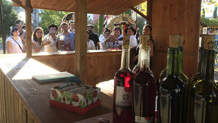 La DO Tierra de León lleva sus vinos a la popular romería de San Froilán