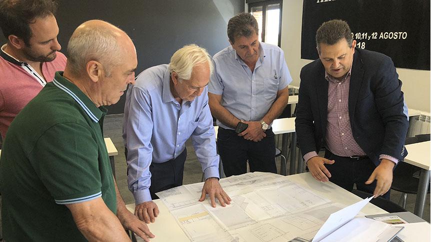El delegado territorial de la Junta de Castilla y León visita Gordonzello