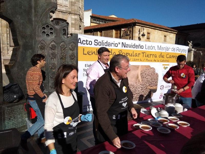 El Alcalde de León y los chef del Restaurante Pablo