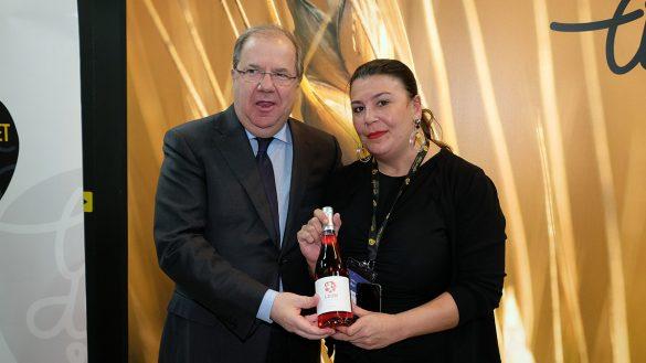 El presidente de la Junta de Castilla y León felicita a la DO León por el cambio de nombre